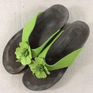 Mephisto flip flop sandals